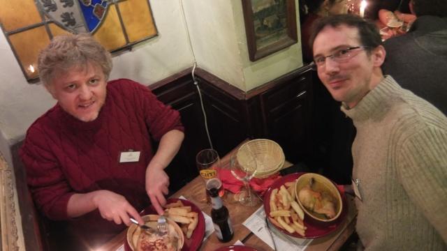 Ğaluel et jbar dans un estimanet Lillois cc-by-sa f.0x2501.org